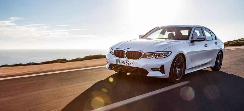 El nuevo BMW Serie 3 también es un híbrido enchufable: el 330e tiene 252 CV y 60 km de autonomía eléctrica