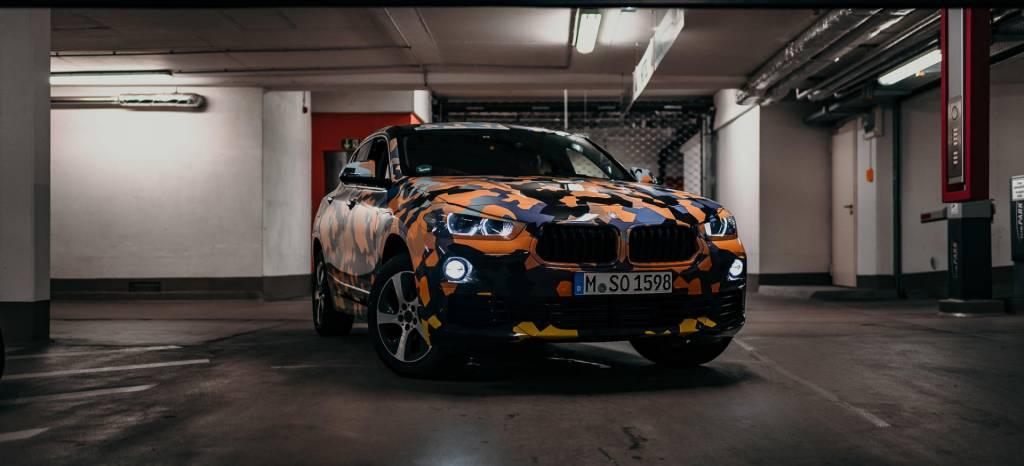 Saluda al nuevo BMW X2, el nuevo rival del Range Rover Evoque, vestido de guerra en 15 fotos