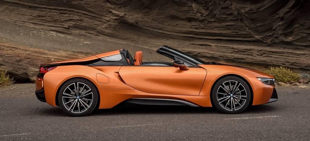 5 coches aún más deportivos y descapotables que puedes comprar por el precio del BMW i8 Roadster