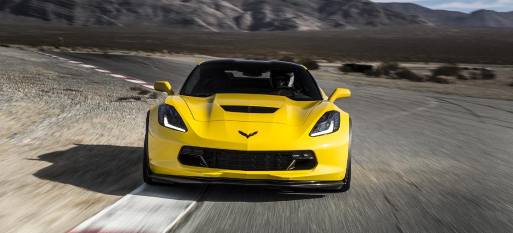 Por 350 dólares y un cable GM promete hacer tu Corvette bastante más rápido en circuito