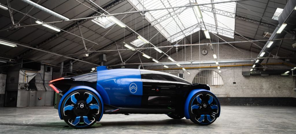 Lo último de Citroën es un coche eléctrico venido del futuro con 800 km de autonomía y 462 CV con un sistema de conducción autónoma