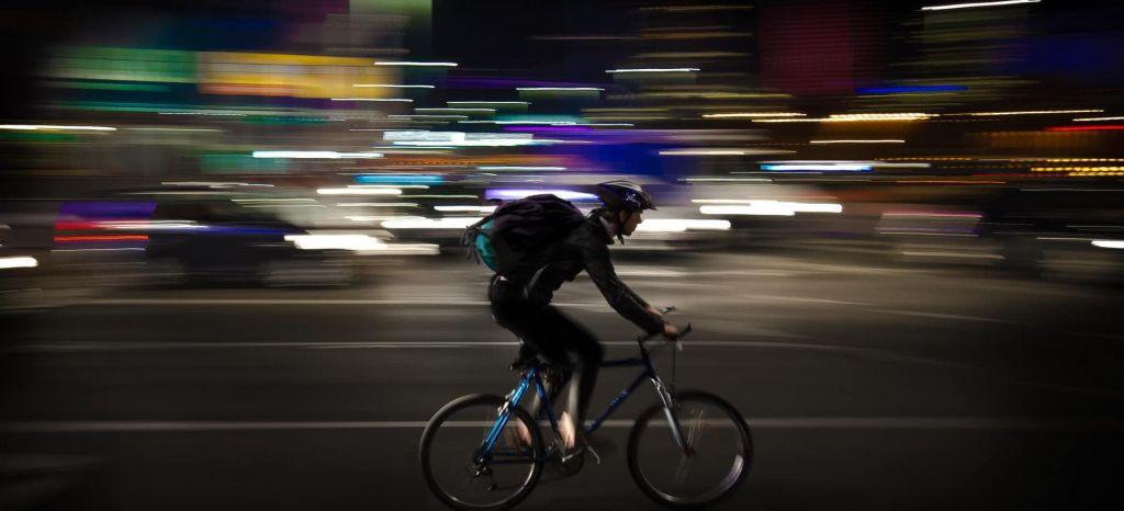 Dgt Alumbrado Ciclistas Obligatorio 03 thumbnail
