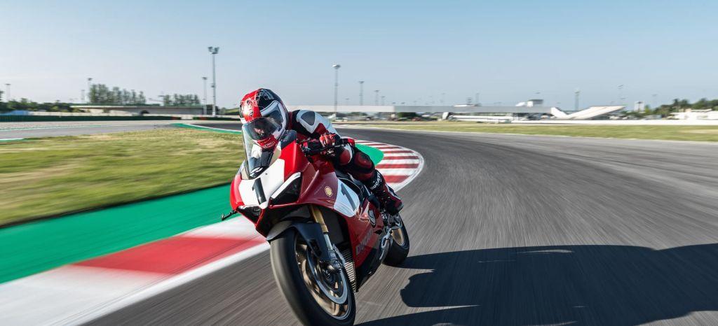 La Ducati Panigale V4 25 Anniversario 916 es tan exclusiva como deportiva y su precio es de casi 50.000 euros
