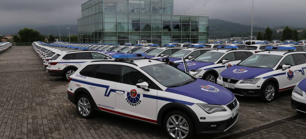 El Gobierno Vasco Adquiere 300 Unidades Del Seat Leon X Perience 001 Hq thumbnail