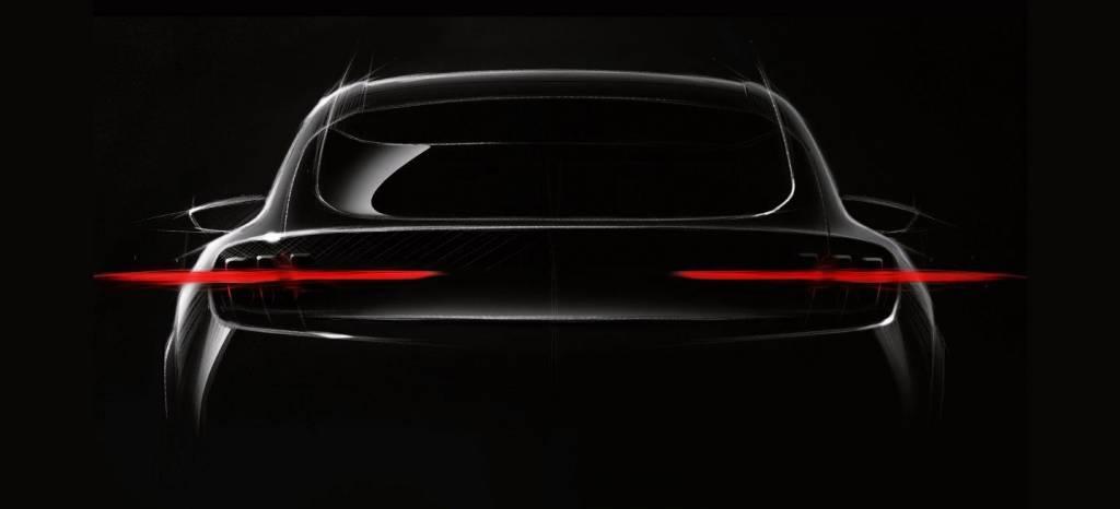 En Ford se han vuelto locos y su nuevo coche eléctrico, el Mach 1, será un SUV inspirado en el Mustang