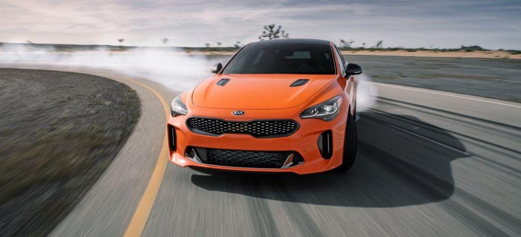 Kia Stinger GTS: fibra carbono y Drift Mode para ser un serio rival de BMW M Performance