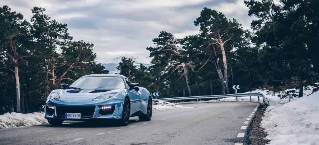 ¡Lotus Evora a prueba! El coche deportivo para los puristas más radicales, para los que reniegan del Porsche 911 Carrera T