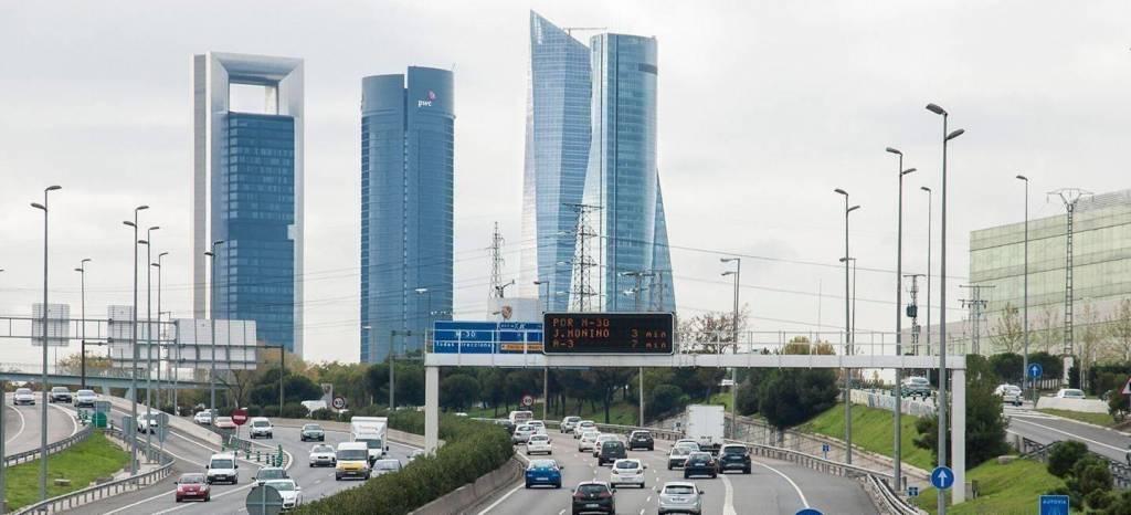 Madrid aprueba restricciones en escenario de alta contaminación en función de la etiqueta y no la paridad de matrícula