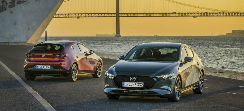 Mazda 3 Etiqueta Eco Rojo Gris thumbnail