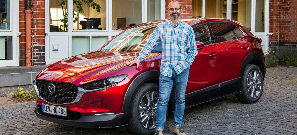 Probamos el nuevo Mazda CX-30 [vídeo]: este es tu SUV si no te gustan los SUV
