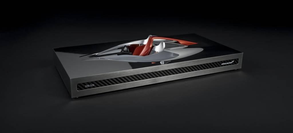 """""""Speed Form"""", la escultura que recibirán los futuros propietarios del McLaren BP23, el sucesor del McLaren F1"""