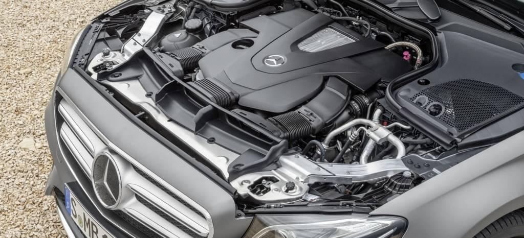 Daimler llama a revisión 1 millón de coches por la manipulación de sus emisiones