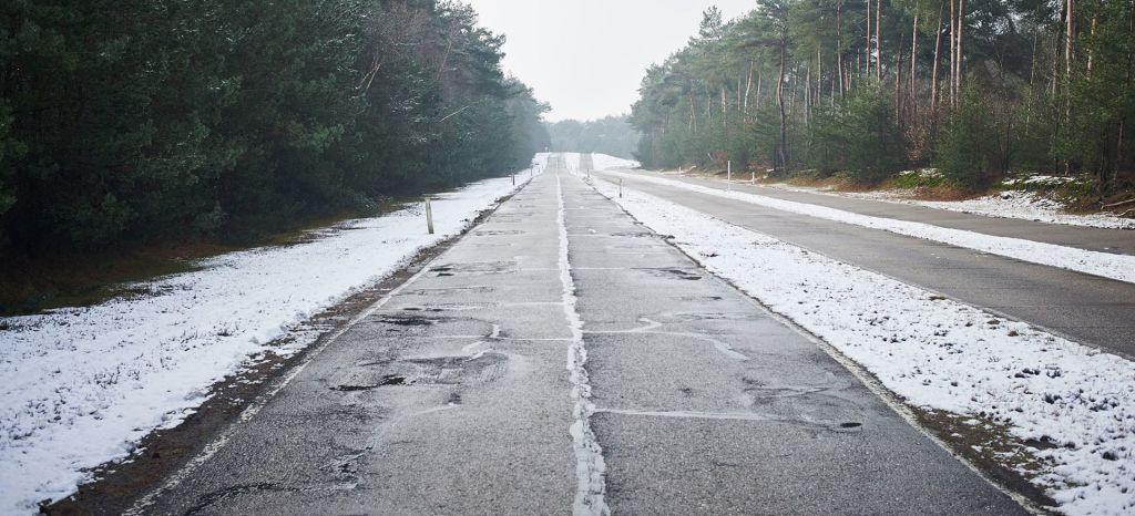 Nieve Carretera Baches thumbnail