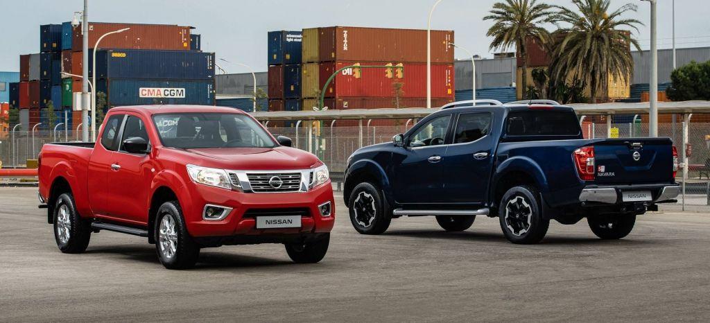 Nissan Navara King Cab (red) And Double Cab (blue) thumbnail