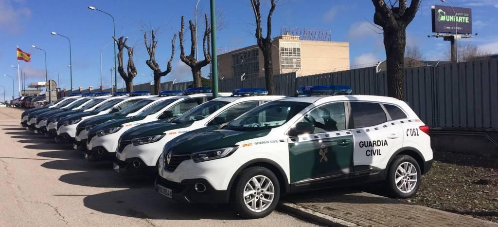 Además de radares la Guardia Civil estrena nuevos coches: ahora hay 180 Renault Kadjar en el cuerpo