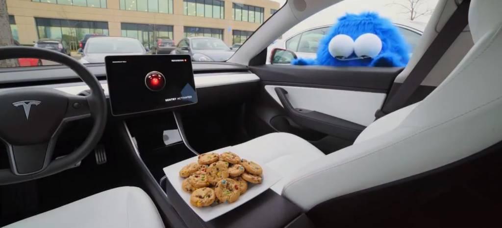 """El Tesla Model 3 será un coche más difícil de robar (o sufrir vandalismo) gracias al """"Sentry Mode"""""""
