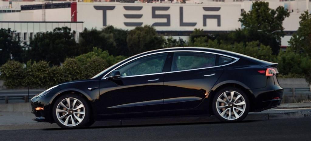 Tesla vende más coches que nunca en el último trimestre, pero se estrella con la producción del Model 3