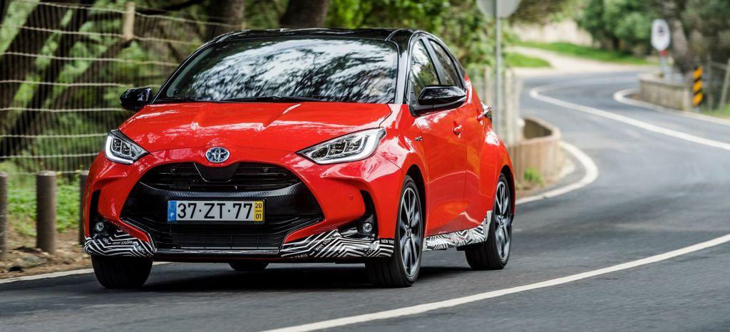 Toyota Yaris Hibrido 2020 Rojo Exterior 33 thumbnail