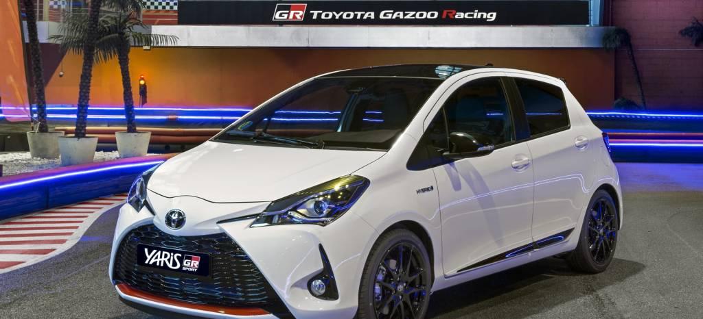 El Toyota Yaris GR-Sport es un coche híbrido con etiqueta ECO que quería ser deportivo y tiene un precio de 18.600 euros