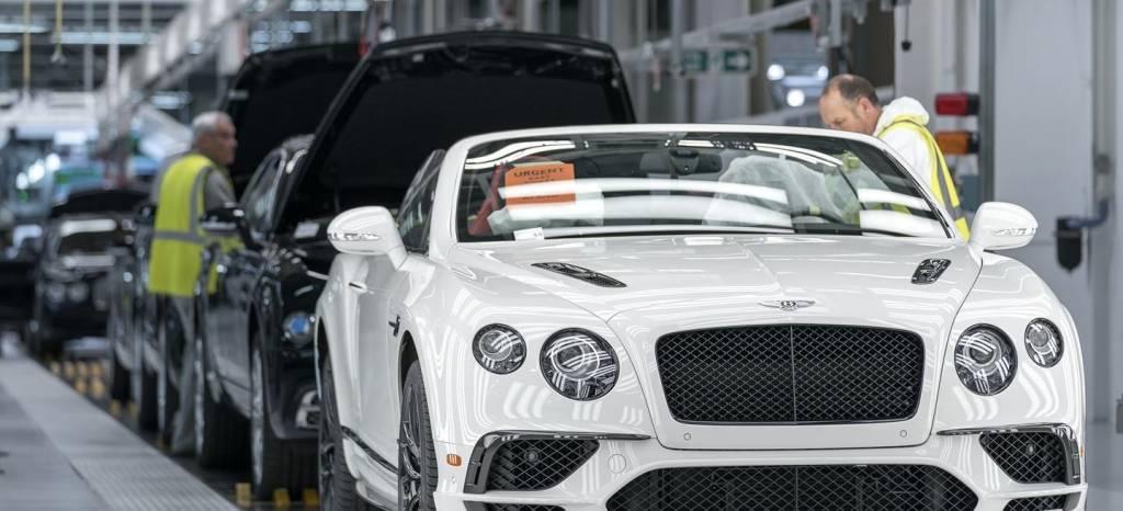 Visitamos la fábrica de Bentley Motors: un viaje al santuario de los artesanos en 206 fotos