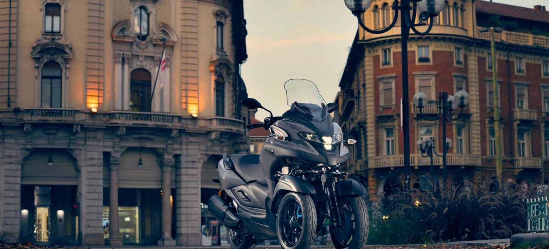 2020 Yamaha Mw300 Eu Icon Grey Static 005 03