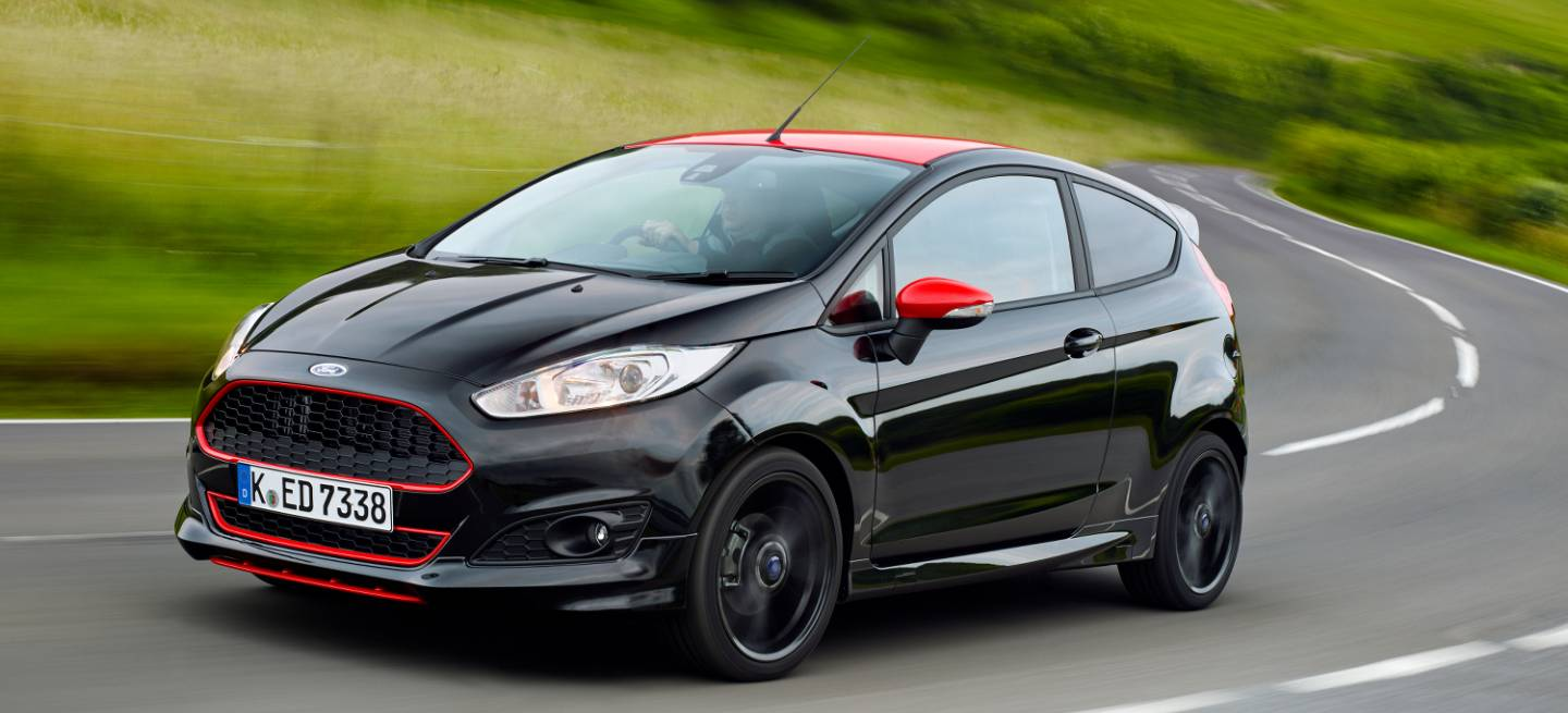ford fiesta zetec s ecoboost with Ford Fiesta Black Y Red Edition El Escalon Previo Al Fiesta St Es Un 1 0 Ecoboost De 140 Cv on 2016 Ford Focus 15 Tdci St Line Review likewise Fiesta Mk3xr2irs Turbors1800 furthermore Watch also Ford Fiesta Black Y Red Edition El Escalon Previo Al Fiesta St Es Un 1 0 Ecoboost De 140 Cv together with Interior.