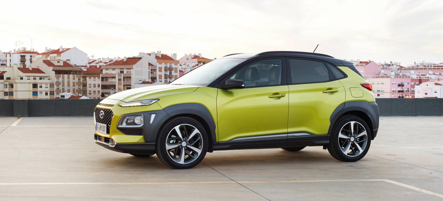 kia stonic o hyundai kona comparativa visual de la ofensiva b suv coreana diariomotor. Black Bedroom Furniture Sets. Home Design Ideas