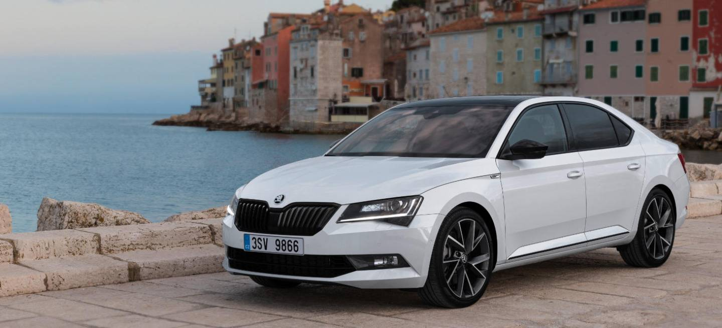 skoda superb 2 0 tsi 280 cv as es el skoda superb m s potente diariomotor. Black Bedroom Furniture Sets. Home Design Ideas