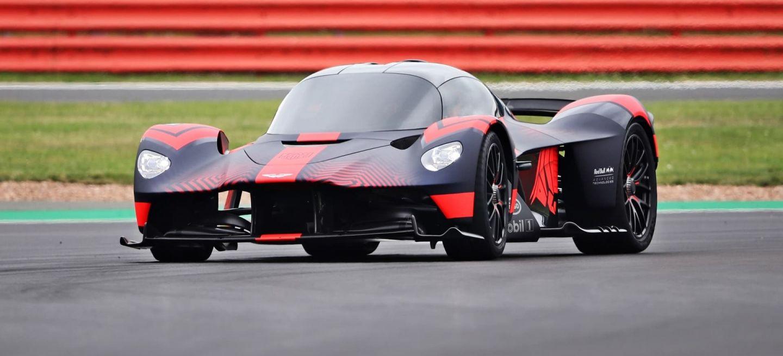 Aston Martin Valkyrie 0820 011