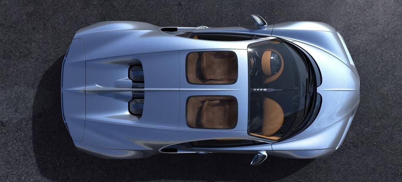 Bugatti Chiron Sky View 0718 003