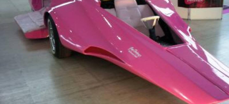 el coche de la pantera rosa a la venta en ebay diariomotor. Black Bedroom Furniture Sets. Home Design Ideas