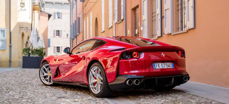 Ferrari 812 Superfast Exterior 00044