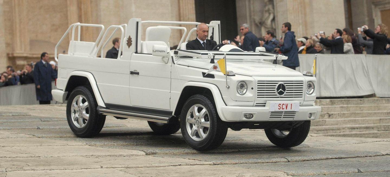 """Premiere Vor 40 Jahren: """"papamobil"""" Auf Basis Der Mercedes Benz G Klasse Premiere 40 Years Ago: """"popemobile"""" Based On The Mercedes Benz G Class"""