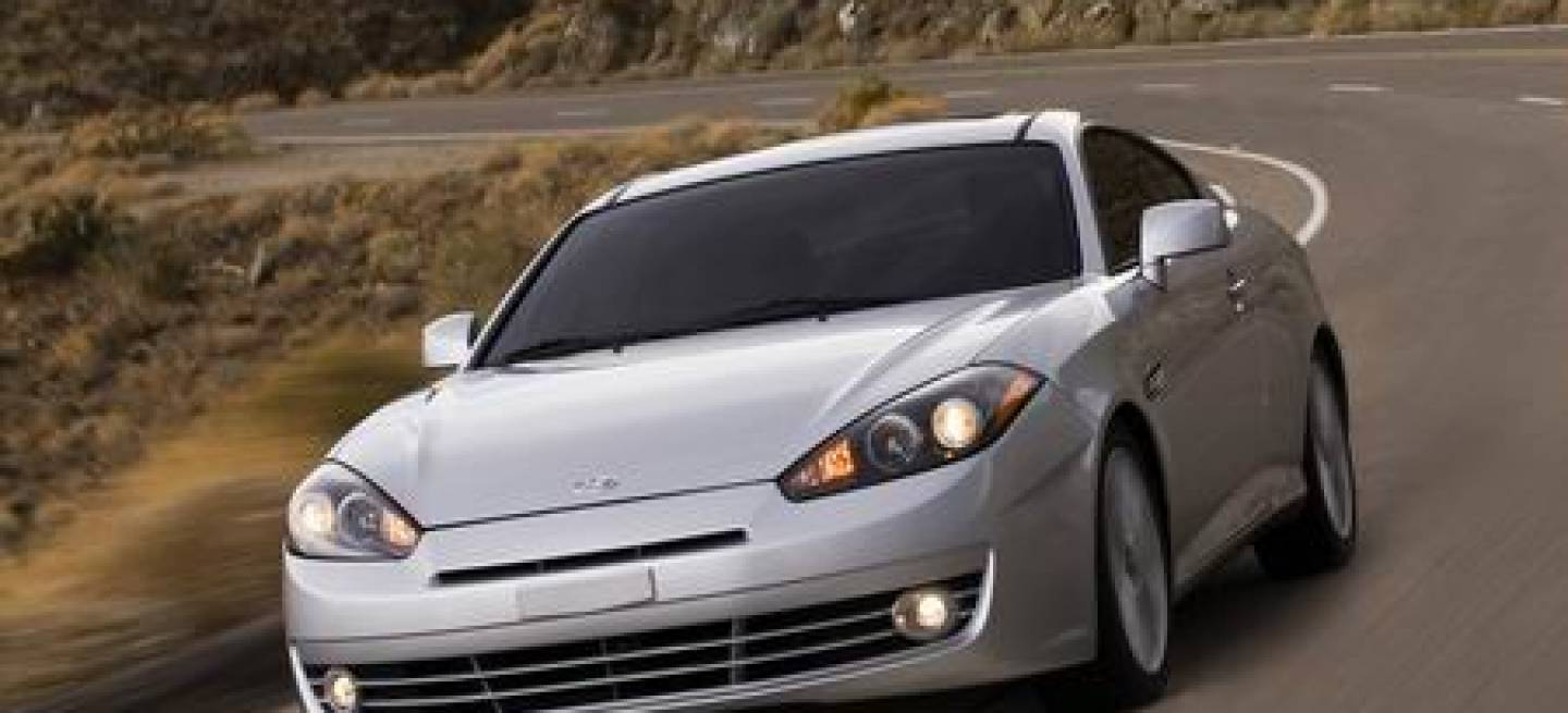 hyundai tiburon 2008 el restyle del famoso coupe coreano diariomotor. Black Bedroom Furniture Sets. Home Design Ideas