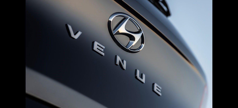 Hyundai Venue Adelanto Trasera