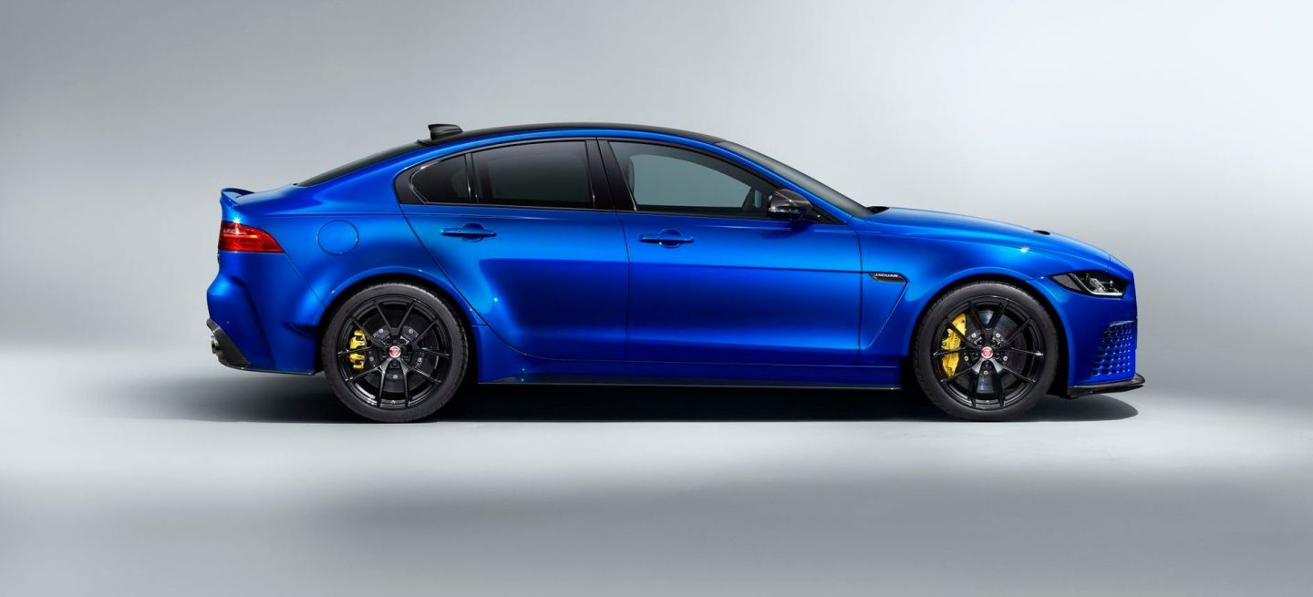 Jaguar Xe Project 8 Touring P