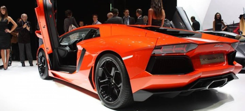 Imagenes De Un Lamborghini: La Odisea De Reparar El Monocasco De Un Lamborghini