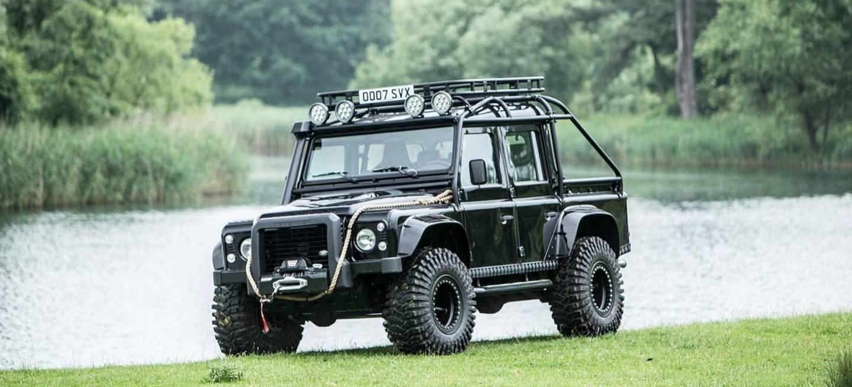 Land Rover Defender Svx James Bond Spectre 0618 021