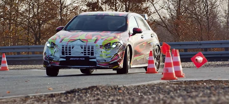 Mercedes Amg A45 Teaser 1218 01