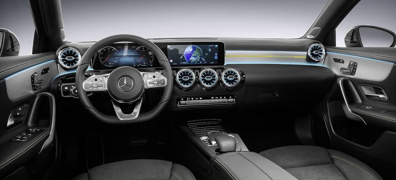 As conocer s en directo el interior del nuevo mercedes for Interior mercedes clase a