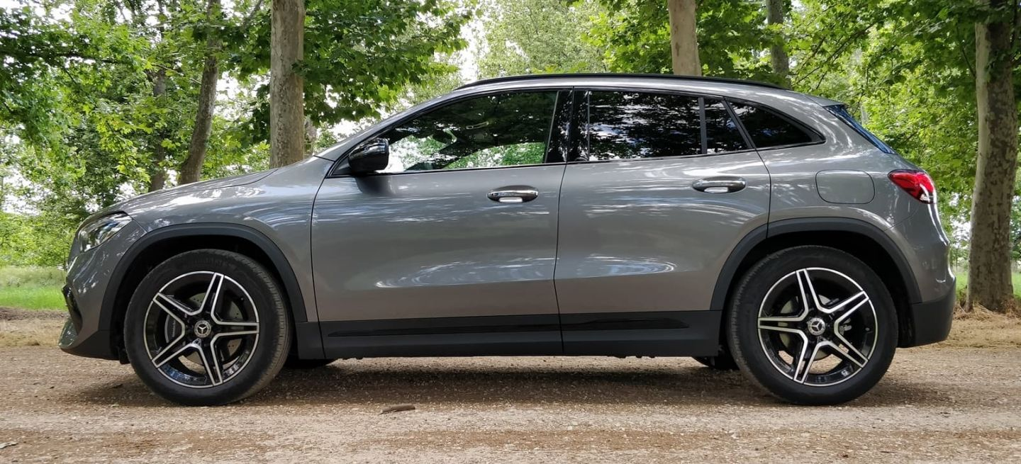 Mercedes Gla 2020 Lateral 0620 01