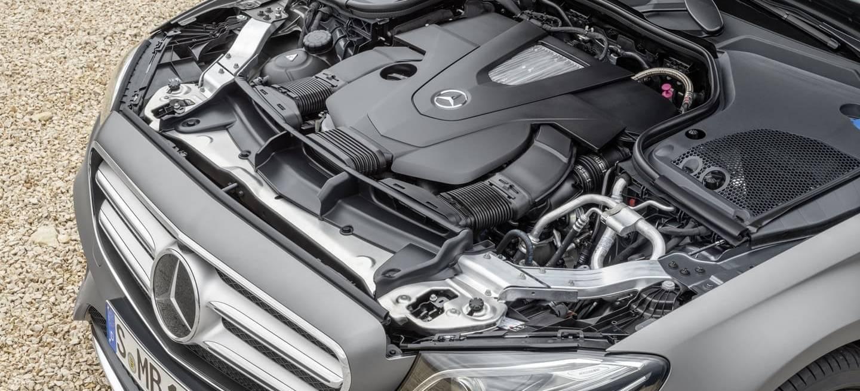 Mercedes Motor Emisiones 0818 001