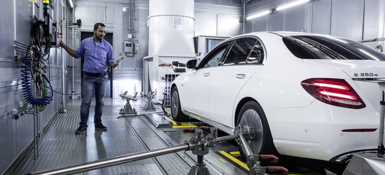 Mercedes Motor Emisiones 0818 002