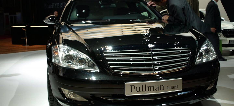 Mercedes s 600 pullman en par s 2008 diariomotor for Garage mercedes paris 13