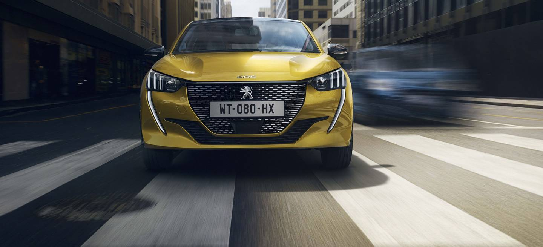 Peugeot 208 2019 Amarillo Exterior 03