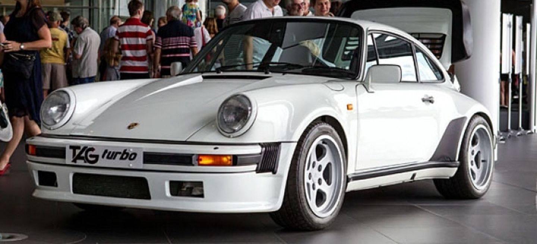 Porsche 911 Tag Mclaren P