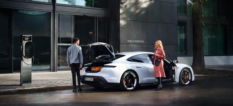 Porsche Destination Charging Taycan 0320 01