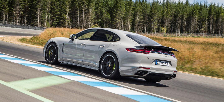 Porsche Panamera 1004
