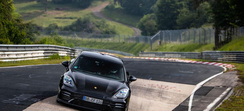 Porsche Panamera, Rekordfahrt Nordschleife 2020 Foto: Gruppe C Photography