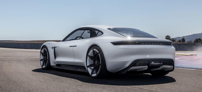 Porsche Taycan Mission E 0119 002